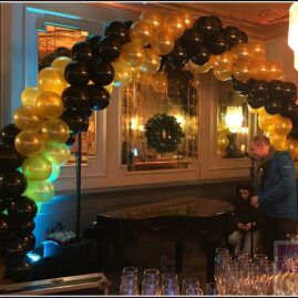 Black and Gold Gatsby Arch